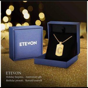 Letter C necklace for men of women